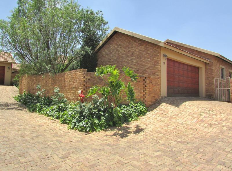 Property For Sale in Craigavon, Sandton 4
