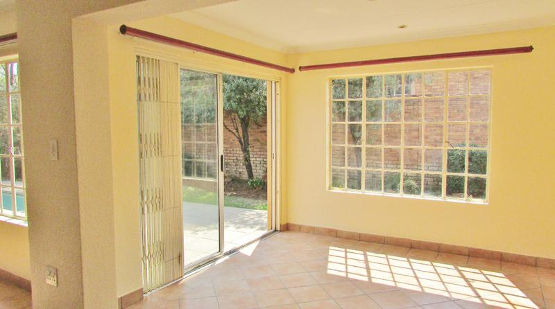Property For Sale in Craigavon, Sandton 18