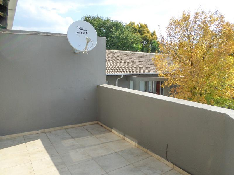 Property For Rent in Northgate, Randburg 11