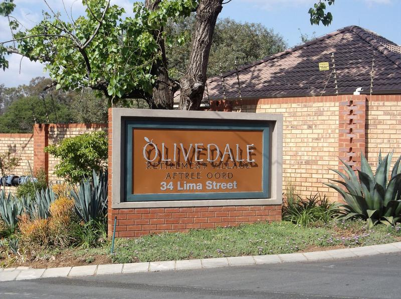 Property For Rent in Olivedale, Randburg 1