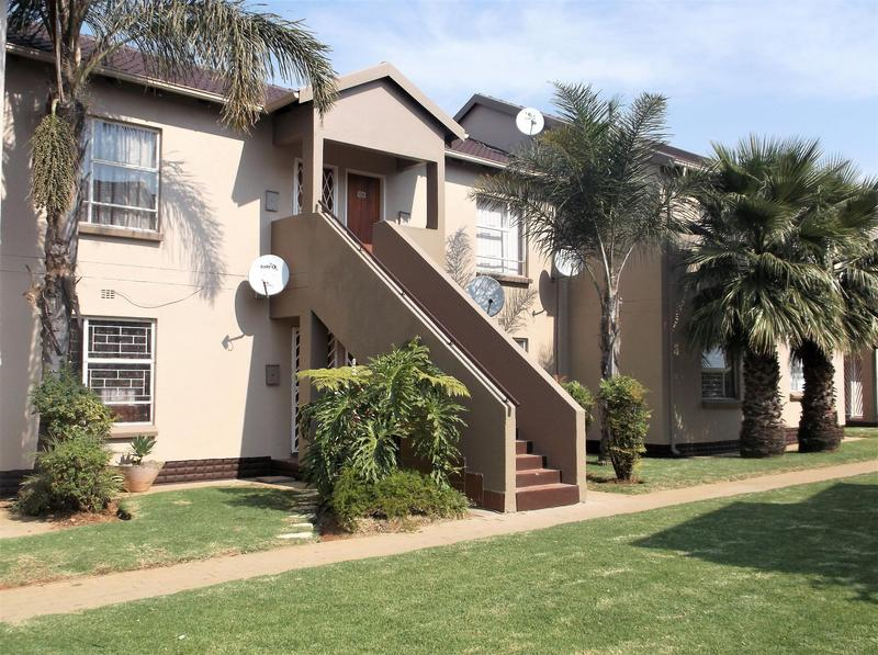 Property For Rent in Bonaero Park, Kempton Park 1