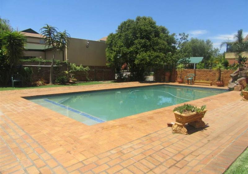 Property For Rent in Elarduspark, Pretoria 6