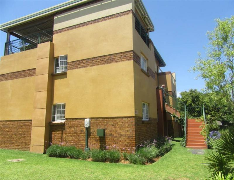 Property For Rent in Elarduspark, Pretoria 5