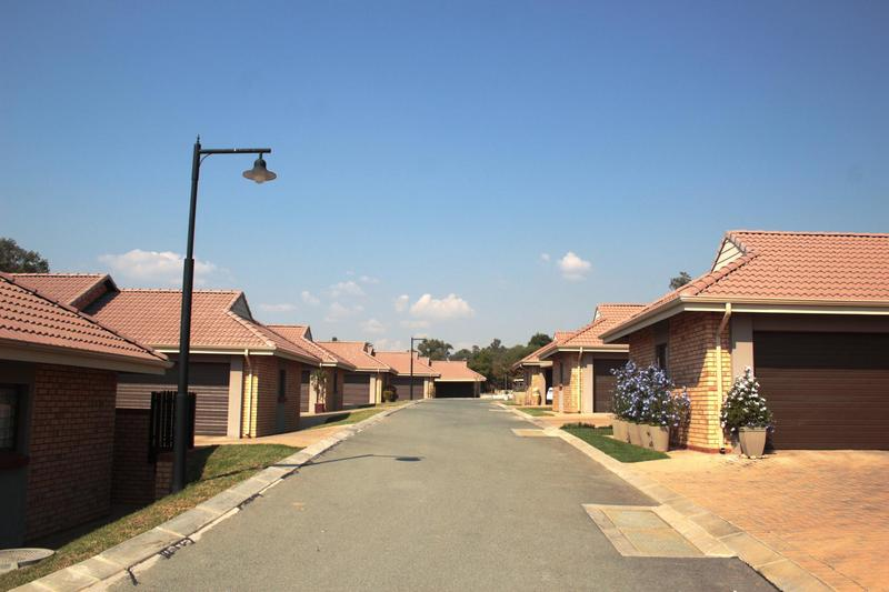 Property For Rent in Olivedale, Randburg 21