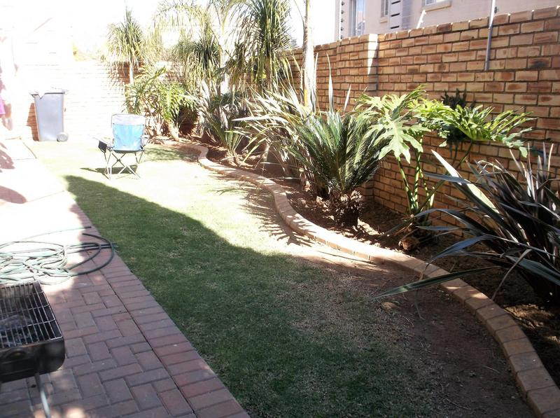 Property For Rent in Willowbrook, Roodepoort 8