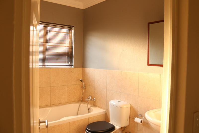 Property For Rent in Morehill, Benoni 14
