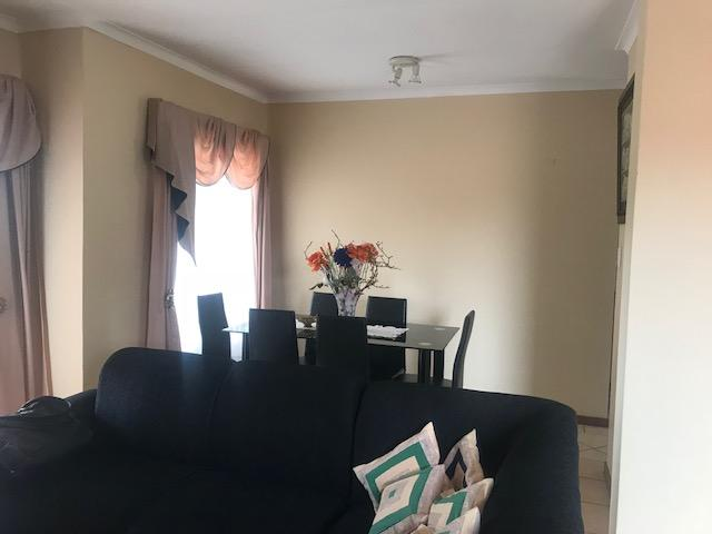 Property For Rent in Moreletapark, Pretoria 13