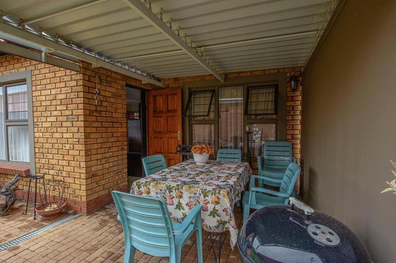 Property For Sale in Willow Park Manor, Pretoria 16