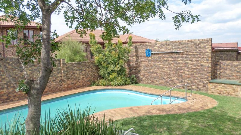 Property For Rent in Northgate, Randburg 16