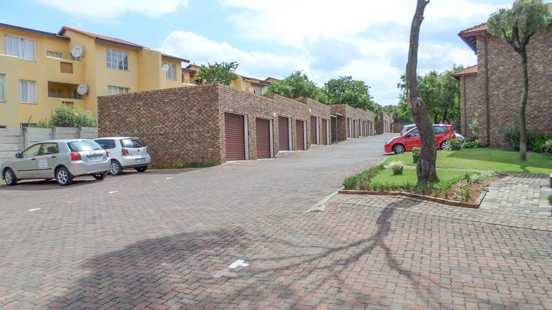 Property For Rent in Northgate, Randburg 15