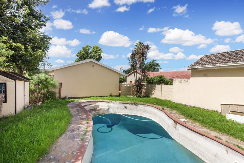 Property For Sale in Hamberg, Roodepoort 14