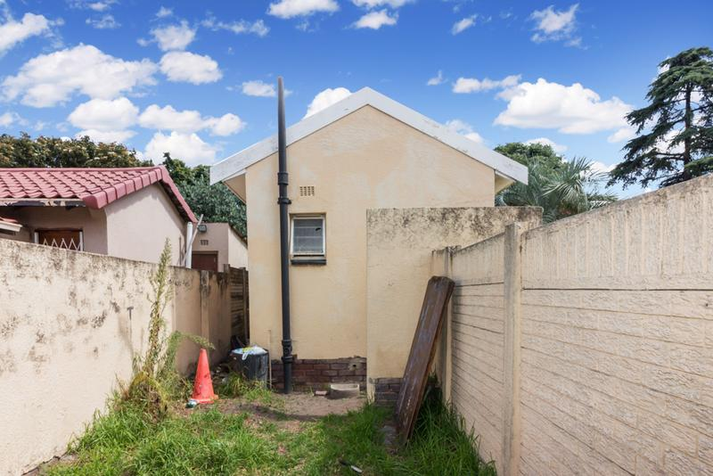 Property For Sale in Hamberg, Roodepoort 15