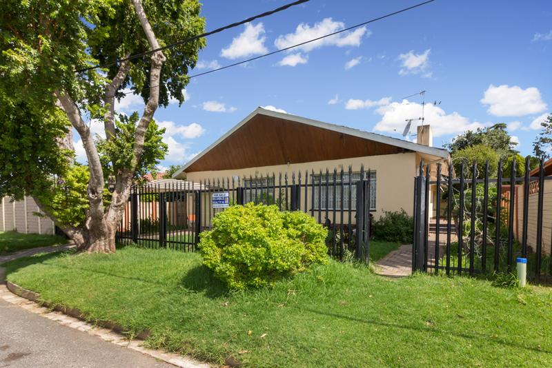 Property For Sale in Hamberg, Roodepoort 1