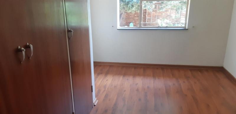 Property For Rent in Faerie Glen, Pretoria 29
