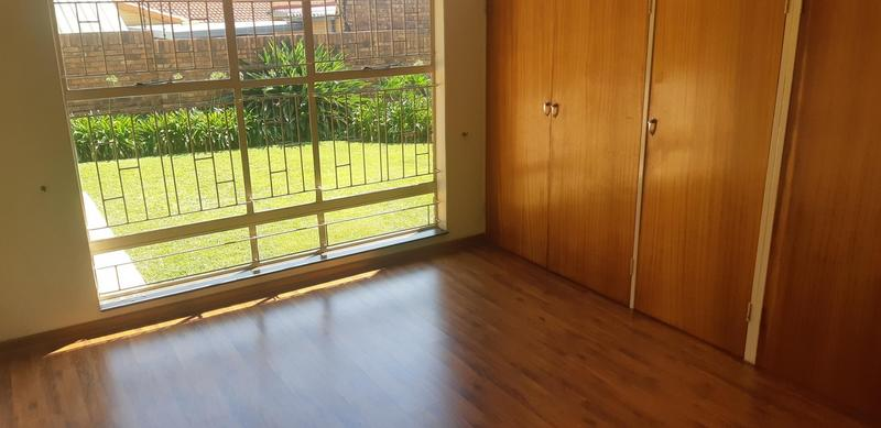 Property For Rent in Faerie Glen, Pretoria 42