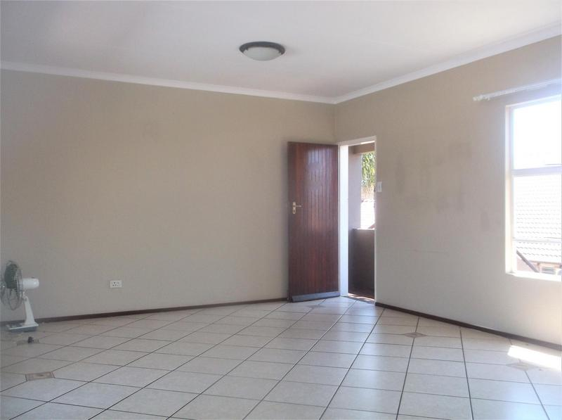 Property For Rent in Bonaero Park, Kempton Park 9