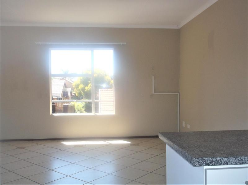 Property For Rent in Bonaero Park, Kempton Park 6