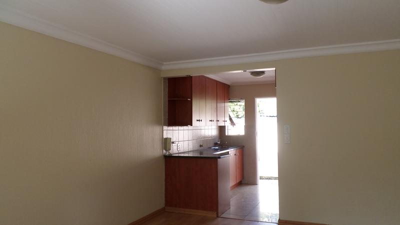 Property For Rent in Northwold, Randburg 8