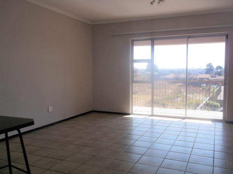 Property For Rent in Bardene, Boksburg 3