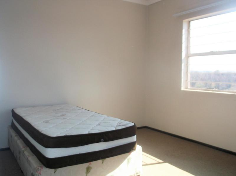 Property For Rent in Bardene, Boksburg 6