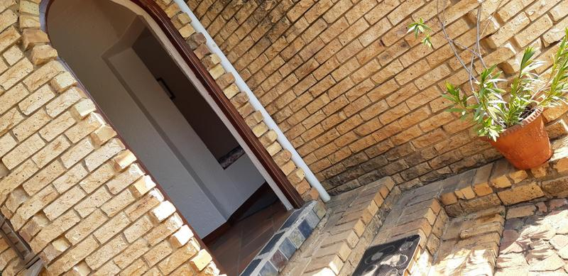 Property For Rent in Lynnwood Manor, Pretoria 4