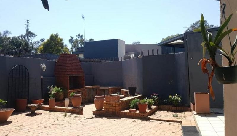 Property For Sale in Waterkloof Glen, Pretoria 30