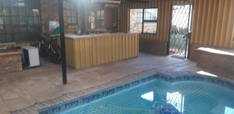 Property For Sale in Elarduspark, Pretoria 24