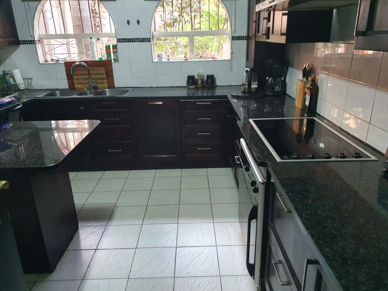 Property For Rent in Elarduspark, Pretoria 14