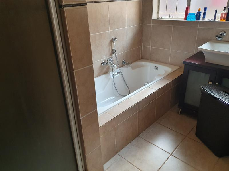 Property For Rent in Elarduspark, Pretoria 25