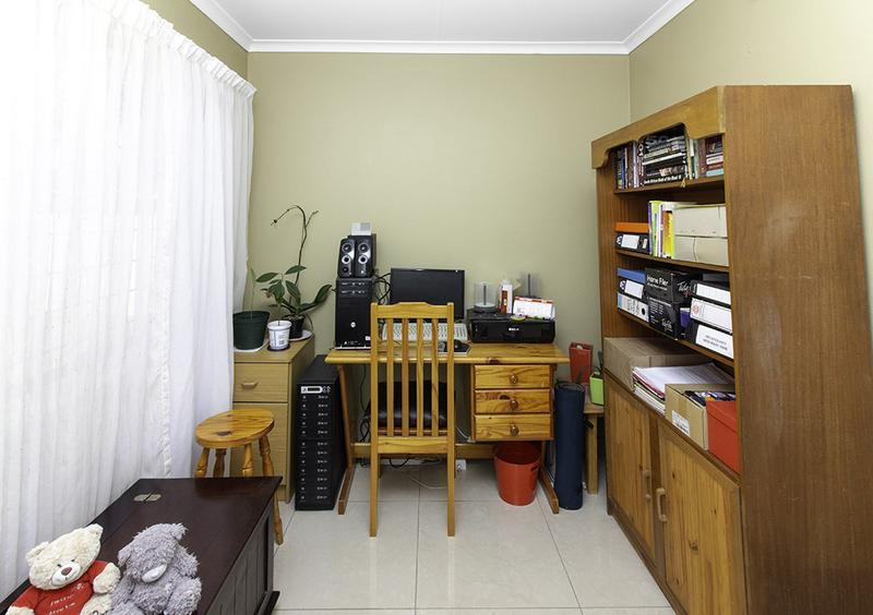 Property For Sale in Radiokop, Roodepoort 17