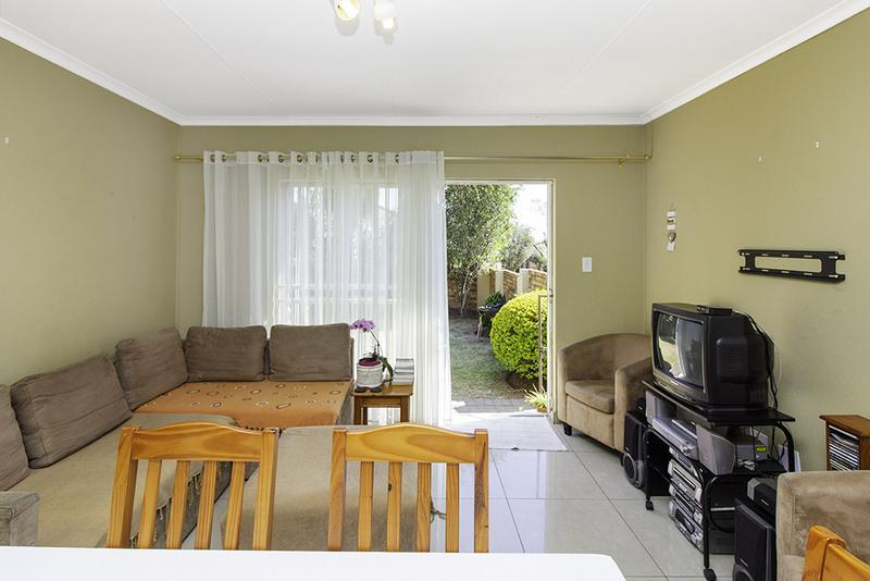 Property For Sale in Radiokop, Roodepoort 9