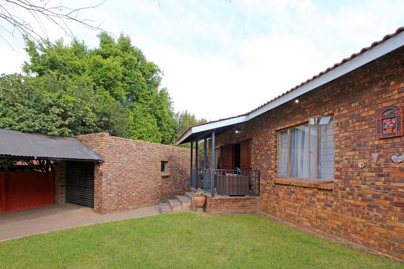 Property For Sale in Moreletapark, Pretoria 29