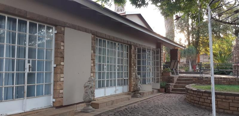 Property For Rent in Val De Grace, Pretoria 1