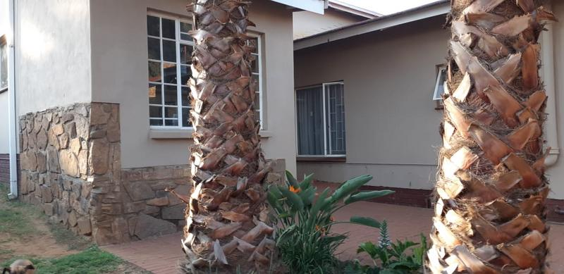 Property For Rent in Val De Grace, Pretoria 4