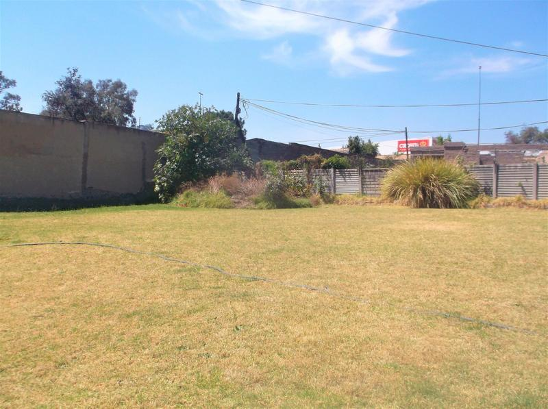 Property For Rent in Lombardy East, Johannesburg 2