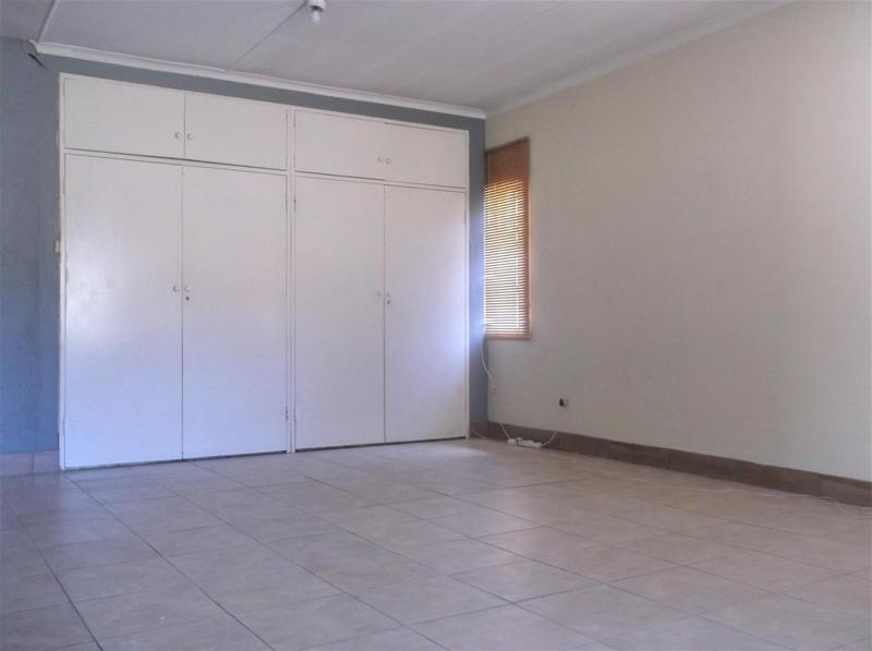 Property For Rent in Lombardy East, Johannesburg 3