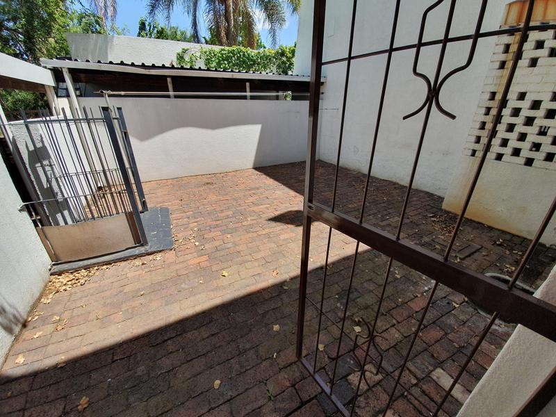 Property For Rent in Lynnwood Manor, Pretoria 17
