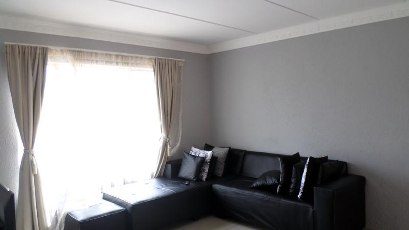 Property For Rent in Fairland, Johannesburg 5