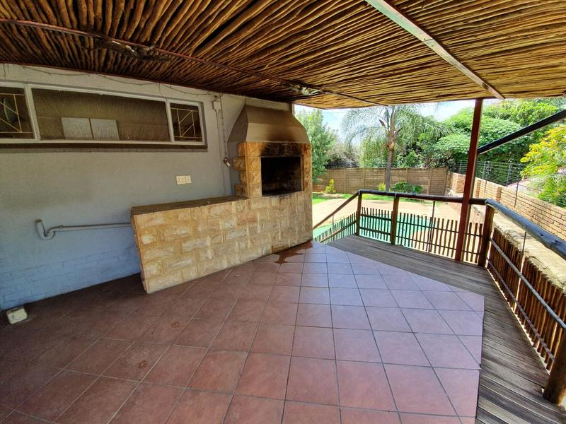 Property For Sale in Monument Park, Pretoria 5