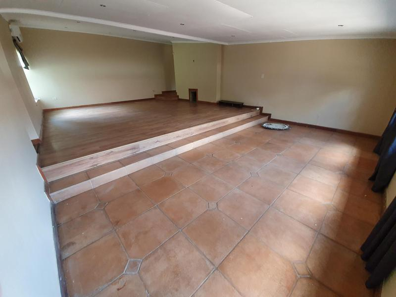 Property For Sale in Monument Park, Pretoria 10