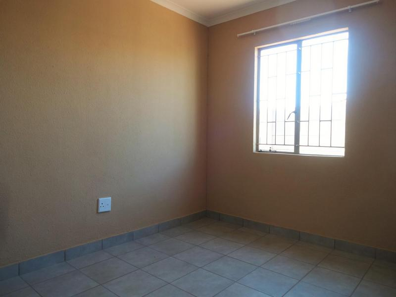 Property For Rent in Albertsdal, Alberton 5