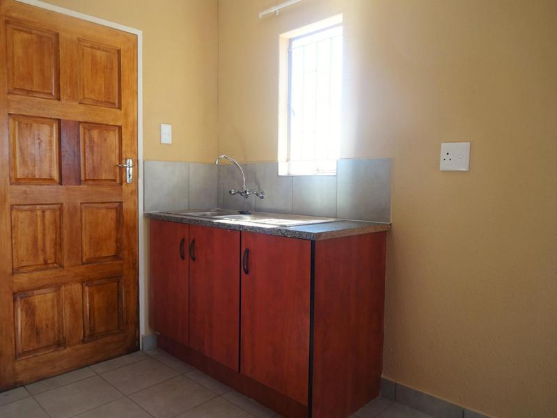 Property For Rent in Albertsdal, Alberton 10