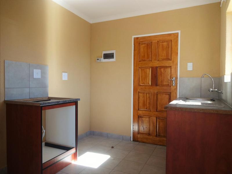 Property For Rent in Albertsdal, Alberton 11