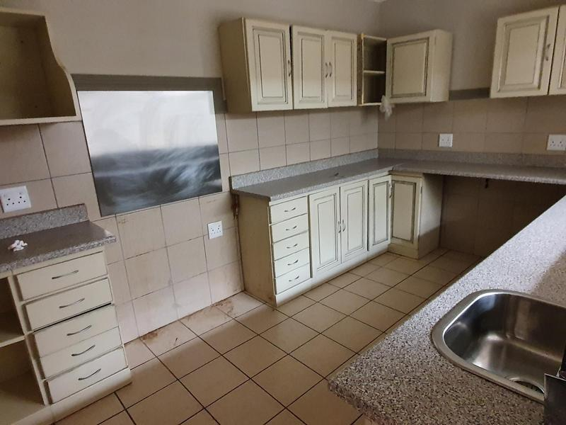 Property For Rent in Elarduspark, Pretoria 22