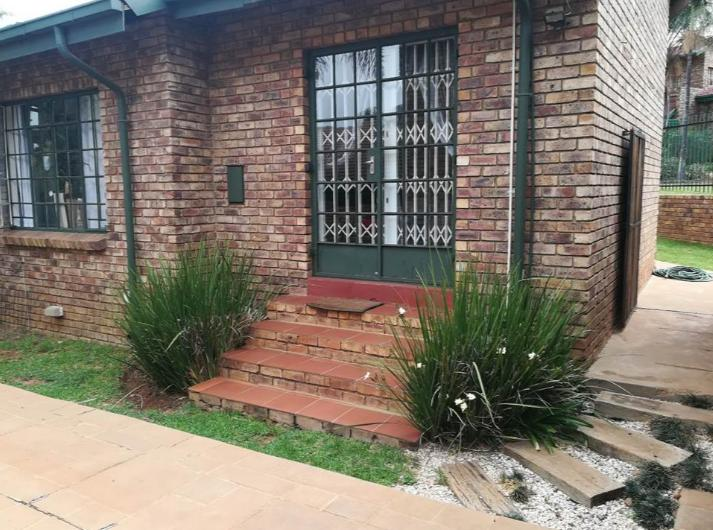 Property For Rent in Moreletapark, Pretoria 4