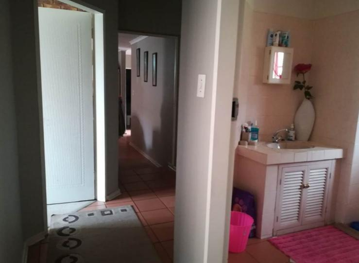 Property For Rent in Moreletapark, Pretoria 21