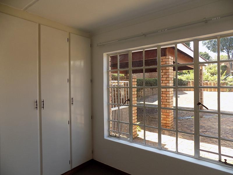 Property For Rent in Radiokop, Roodepoort 10