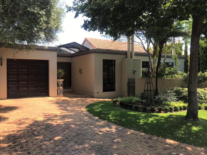 Property For Sale in Northcliff, Johannesburg 43