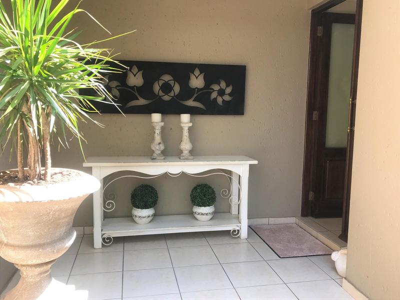 Property For Sale in Northcliff, Johannesburg 45