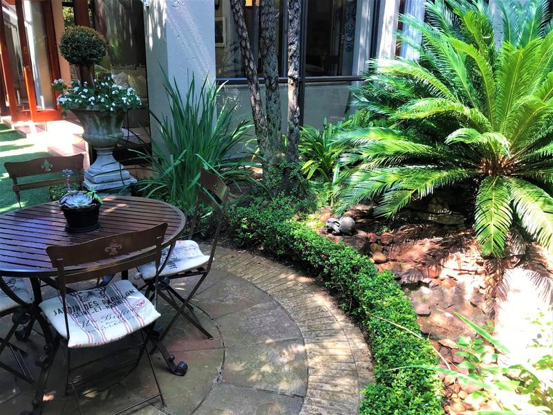 Property For Sale in Northcliff, Johannesburg 22